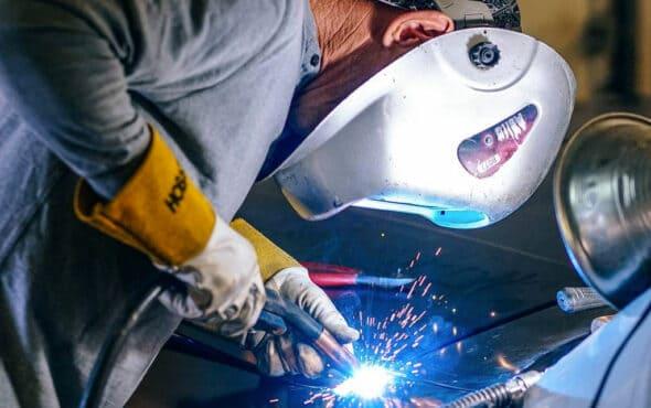 Diferencia entre Elementos de Protección Personal y dotación laboral